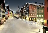 christkindlmarkt-kitzbuehel-im-winter-kitz-weihnachtsmarkt-challenge-oldtimer-ralley-alpenstaedtchen-kitz