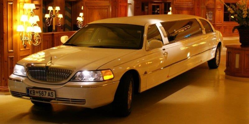 luxewagen vip-airport-taxi-taxi-limousine-limo-driving conferentie-magic-limo-